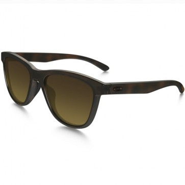 Oakley Women's Moonlighter Polarized Sunglasses - Tortoise/Brown Gradient