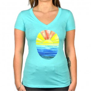 Cleanline Women's Golden Horizon Cannon Beach V-Neck T-Shirt - Tahiti Blue