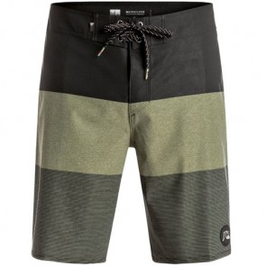 Quiksilver Isla Todos Vee Boardshorts - Forest Night