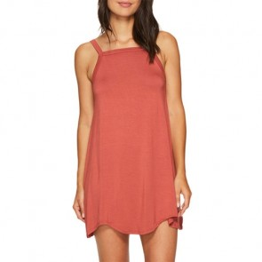 RVCA Women's Thievery Dress - Rustic Red