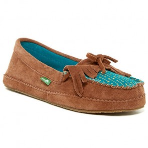 Sanuk Women's Shy Anne Moccasin - Chestnut