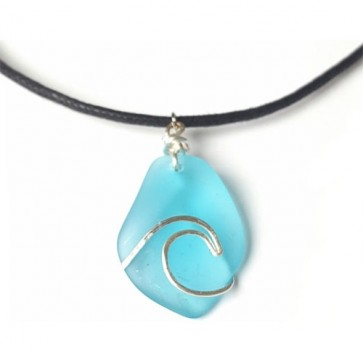 Tumbled 'n' Twisted Sea Glass Wave Necklace - Aqua