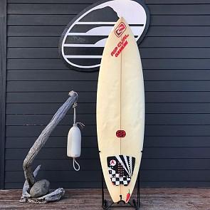 Rip Curl / Chilli Surfboard 6'4 x 20 1/4 x 2 3/8 Used Surfboard - Deck