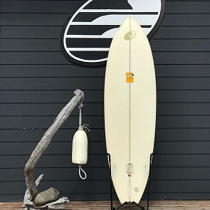 FCD Surfboards Quark 6'6 x 21 1/4 x 2 5/8 Used Surfboard