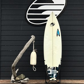 Roberts 5'11 x 18 3/4 x 2 5/16 Used Surfboard - Deck