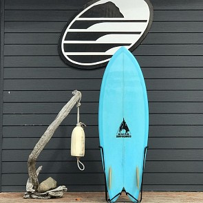 Bauer Fish 5'8 x 21 1/2  x 2 9/16 Used Surfboard