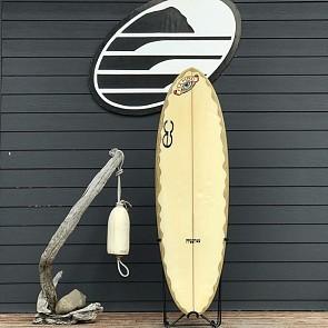 EC Freeride Bonzer 5'8 x 20 1/4 x 2 1/2 Used Surfboard - Deck