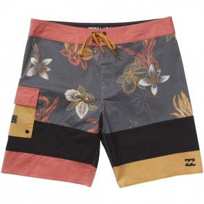 Billabong Pump X Boardshorts - Rust