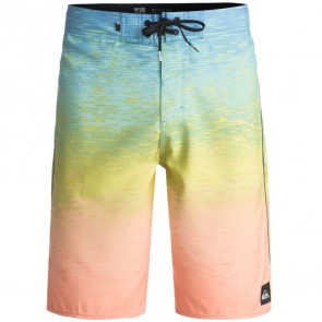 Quiksilver Momentum Fader Boardshorts - Silver Lake Blue