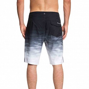Quiksilver Everyday Fade Reef Boardshorts - Black